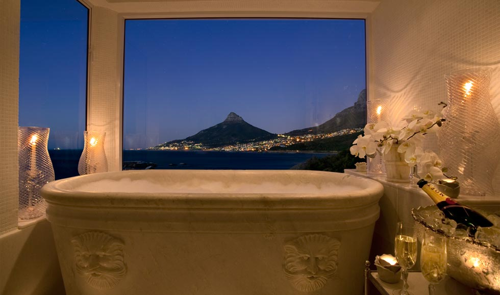 12 Apostles Hotel Cape Town suite bathroom looking towards Lion Head