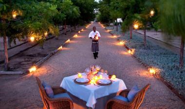 Bushman Kloof oudoor dining