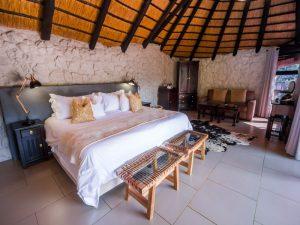 Leopard Mountain lodging Kwa Zulu safari