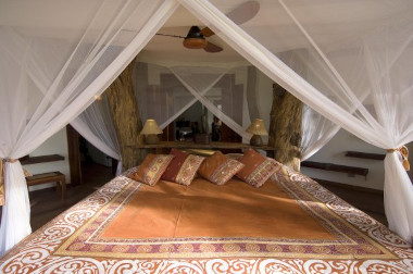 Luangwa Safari house bedroom South Luangwa