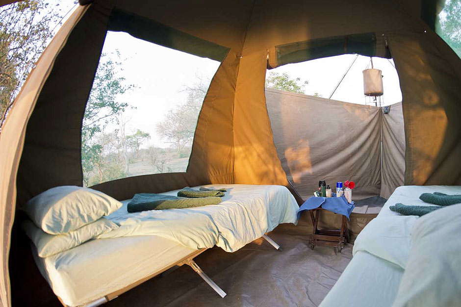 Mana pools Canoe Trail Tents Zambia Safari