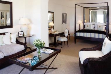 Marine Hotel marine room bedroom