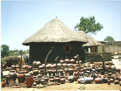 Mukondeninn Pottery Village Venda