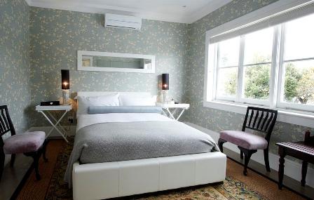 Manna Bay Oriental room