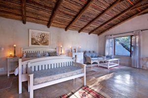 Nottens Safari Lodge Suite.