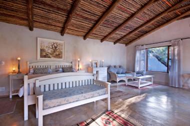 private suite Nottens sabi sands safari.