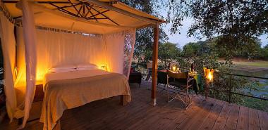 Rukomechi sleep out Zimbabwe safari