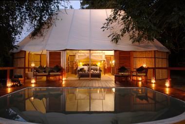 Sausage tree camp Honeymoon suite Zambia Safari