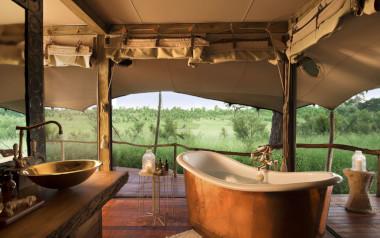 showing the bathroon at Somalisa Camp zimbabwe safari