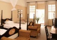 Victoria-Falls-Hotel-Deluxe-Twin-Room