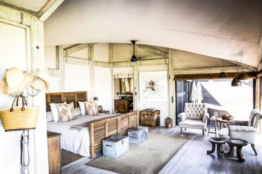 abu camp guest tent bedroom