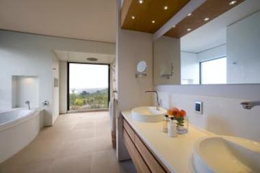 alkira lodge luxury suite ocean view
