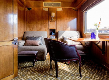 Blue train luxury day suite