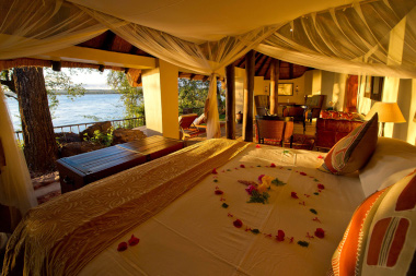 honeymoon house Tongabezi