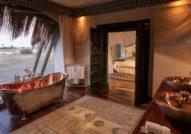 Selinda bathroom Selinda