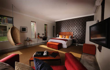 The Peech hotel bedroom