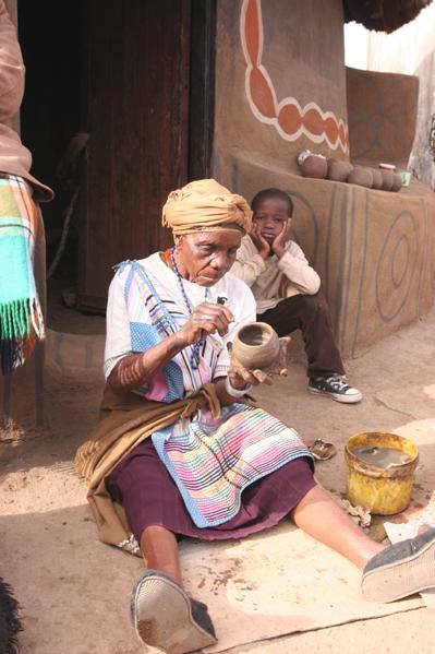 Sarah 92 the  old sage of Venda Pottery.